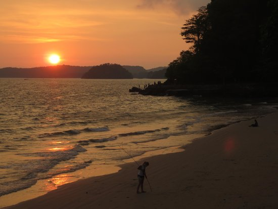Centara Anda Dhevi Resort and Spa: Ao Nang sunset