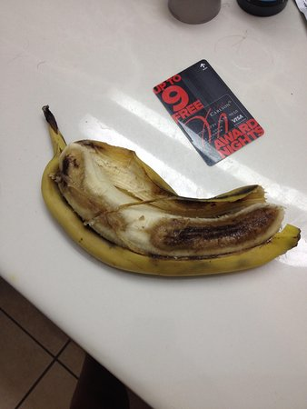 Country Inn & Suites by Radisson, Manteno, IL: banana they out or for breakfast
