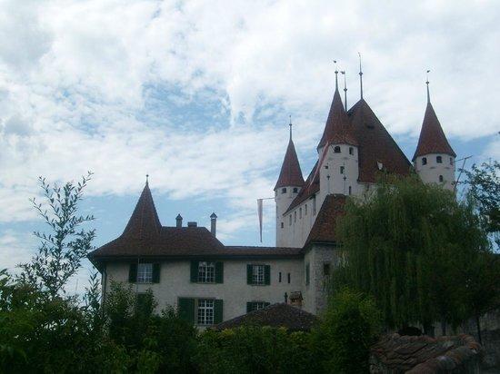 Schloss THUN: Zahringen Castle