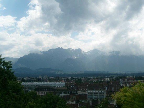 Schloss THUN: view from Zahringen Castle