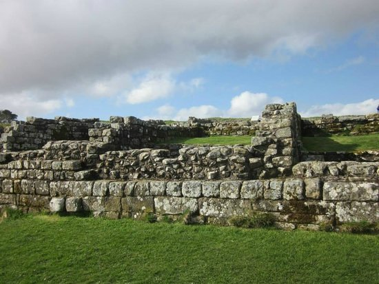 Heart of Scotland Tours: Housteads Roman Fort