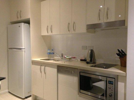 Meriton Suites Kent Street, Sydney: Meriton Kent - Studio - Cuisine