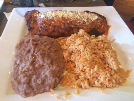 Rojo Mexican Bistro: Stuffed poblano- cheesy
