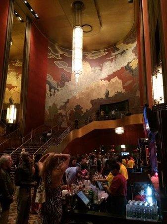 Radio City Music Hall: pure history