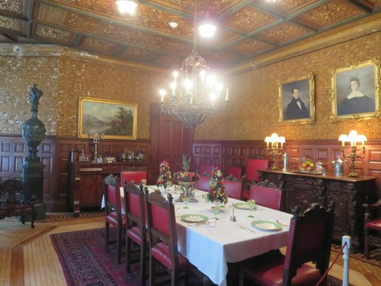 Lambert Castle: Dining Room
