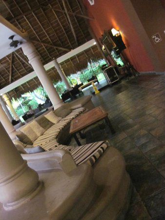 Catalonia Playa Maroma: Lobby area