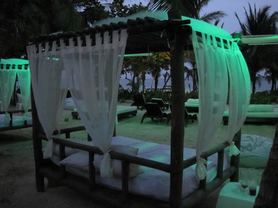 Catalonia Playa Maroma: Beachside romantic resting place
