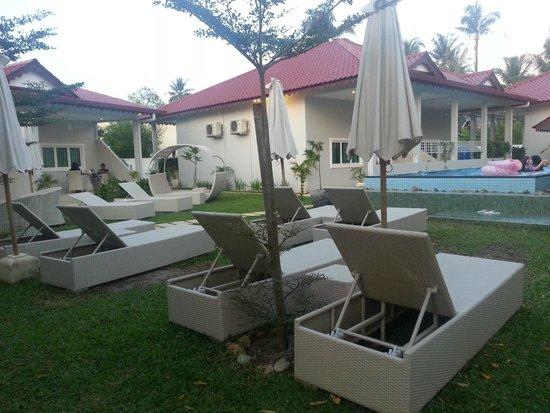 Langkawi Chantique Resort: swimming pool area