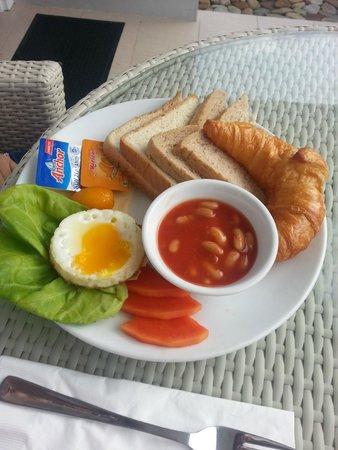 Langkawi Chantique Resort: breakfast