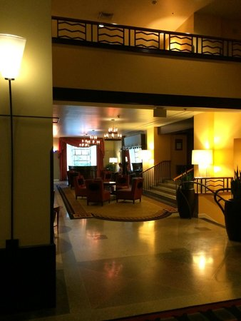 Hotel Deca, A Noble House Hotel: Looby