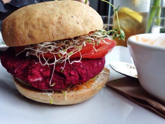 Nosh Eatery and Tap: Beetroot Burger