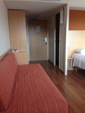 Ibis Deauville Centre : Basic room
