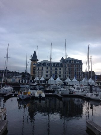 Ibis Deauville Centre : marina across from hotel