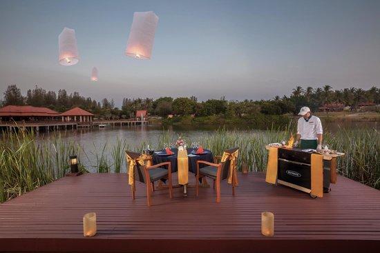 Banyan Tree Phuket: Lagoon Pool Villa in villa BBQ