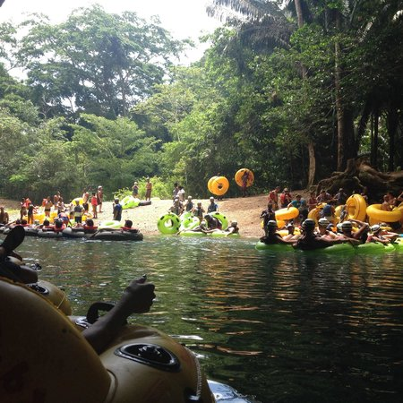 Cave Tubing.Bz: Tubing in Belize