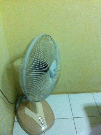 "Mojito House: ""AirCon"""