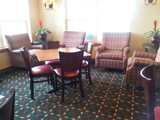 Residence Inn Columbia Northeast/Fort Jackson Area : Breakfast