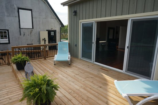 On the 6 Bed and Breakfast: Private Deck for the Garden Room