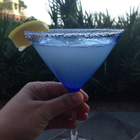 The Sanctuary Hotel at Kiawah Island Golf Resort: Lemon Drop Martini from Lobby Bar