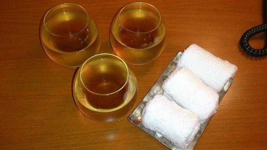 Shangri-La Hotel,Bangkok: Room Ginseng Tea