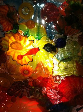 Chihuly Garden and Glass : Colorful exhibit