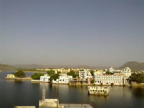 Hotel Udaigarh Udaipur: roof top view