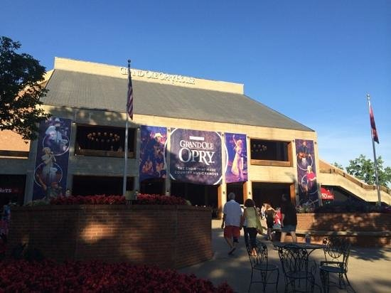 The Grand Ole Opry: building