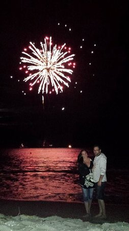 Ocean City Mansion: fireworks on the beach