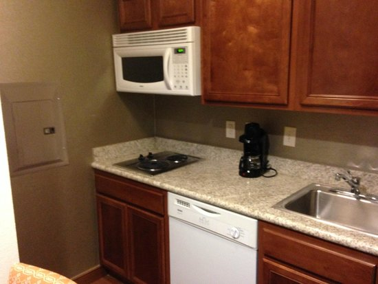 Homewood Suites by Hilton Houston-Stafford: kitchen