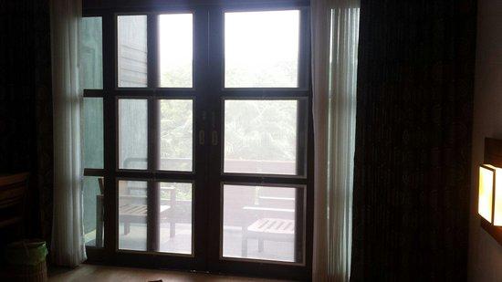 Montalay Beach Resort: Balcony