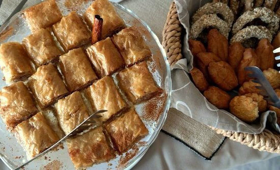 Nissaki Beach Hotel Naxos: Nissaki breakfast buffet
