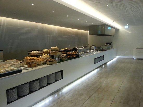 EPIC SANA Algarve Hotel : Breakfast a great nice buffet