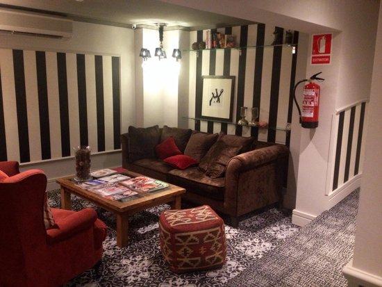 Vasanta Hotel Boutique : Angolo relax primo piano