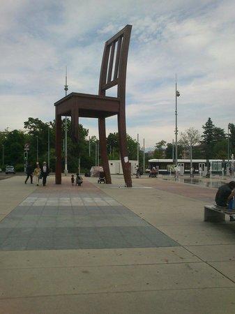 UNOG - Palais des Nations: Chair