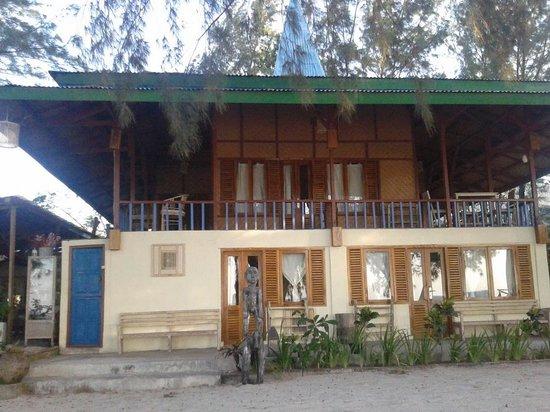 Pondok Wisata Pantai Cemara : Kamar hotel