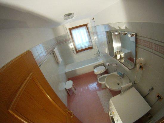 Apartments Cesa Crepa Neigra - Fam.Planchensteiner: bagno