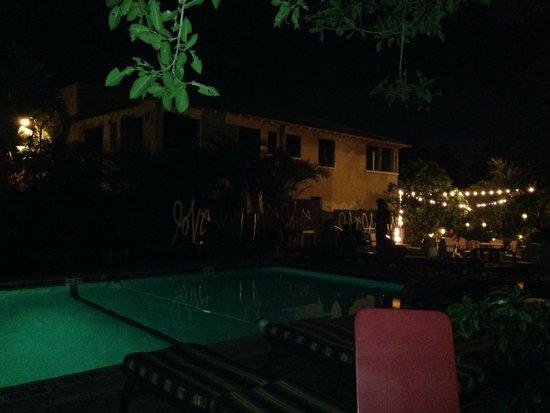 Freehand Miami: pool area at night