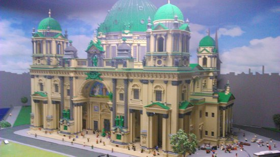 lego land picture of legoland discovery centre berlin. Black Bedroom Furniture Sets. Home Design Ideas
