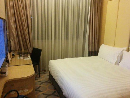 Dorsett Singapore : The bedroom