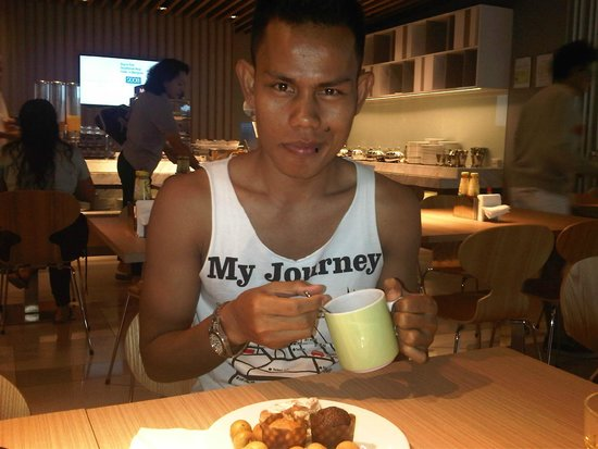Holiday Inn Singapore Orchard City Centre: b'fast