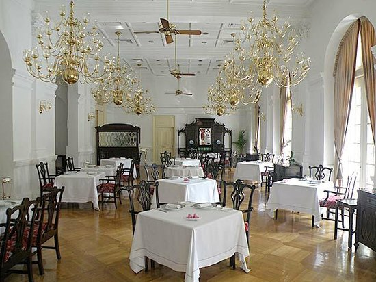 Raffles Hotel Singapore: Inside