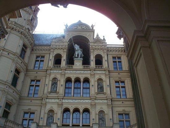 Schwerin Castle (Schweriner Schloss): facciata principale