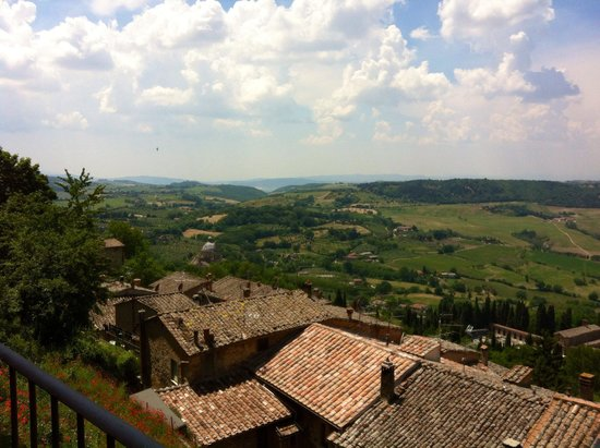 Franco Wine Tour Experience: Lunch with a view