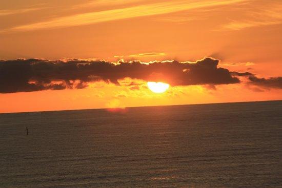 Rendezvous Hotel Perth Scarborough: sunset