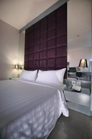Aston Cengkareng City Hotel & CC : deluxe room
