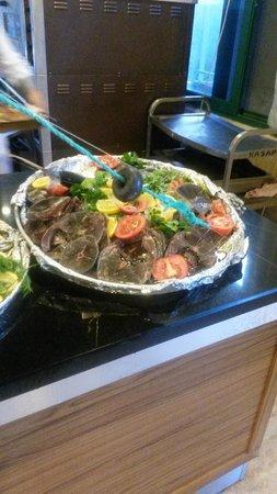 Meryan Hotel: ужин