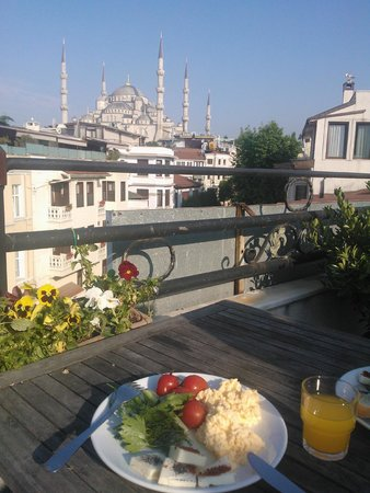 Azade Premier: Вид с террасы для завтраков на Голубую мечеть