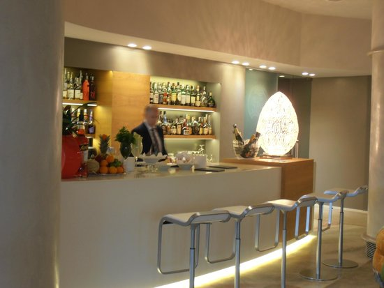 Hotel Olivi Thermae & Natural Spa: The Bar
