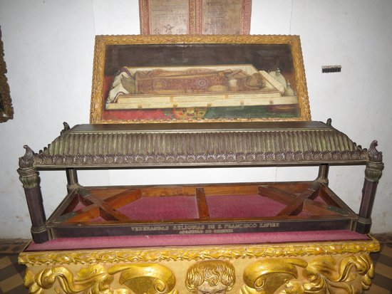 Tomb of St. Francis Xavier: Picture of St Francis Xavier's body
