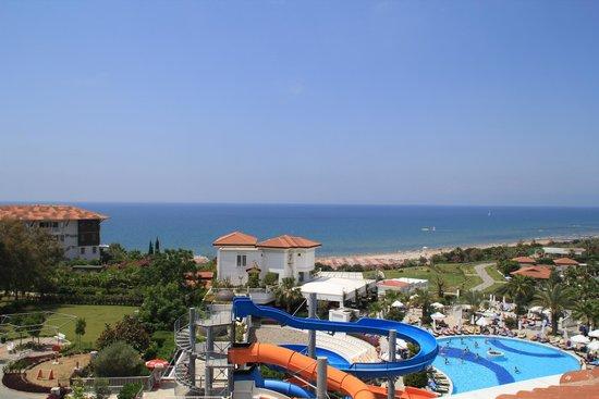 Alba Queen Hotel: View from balcony